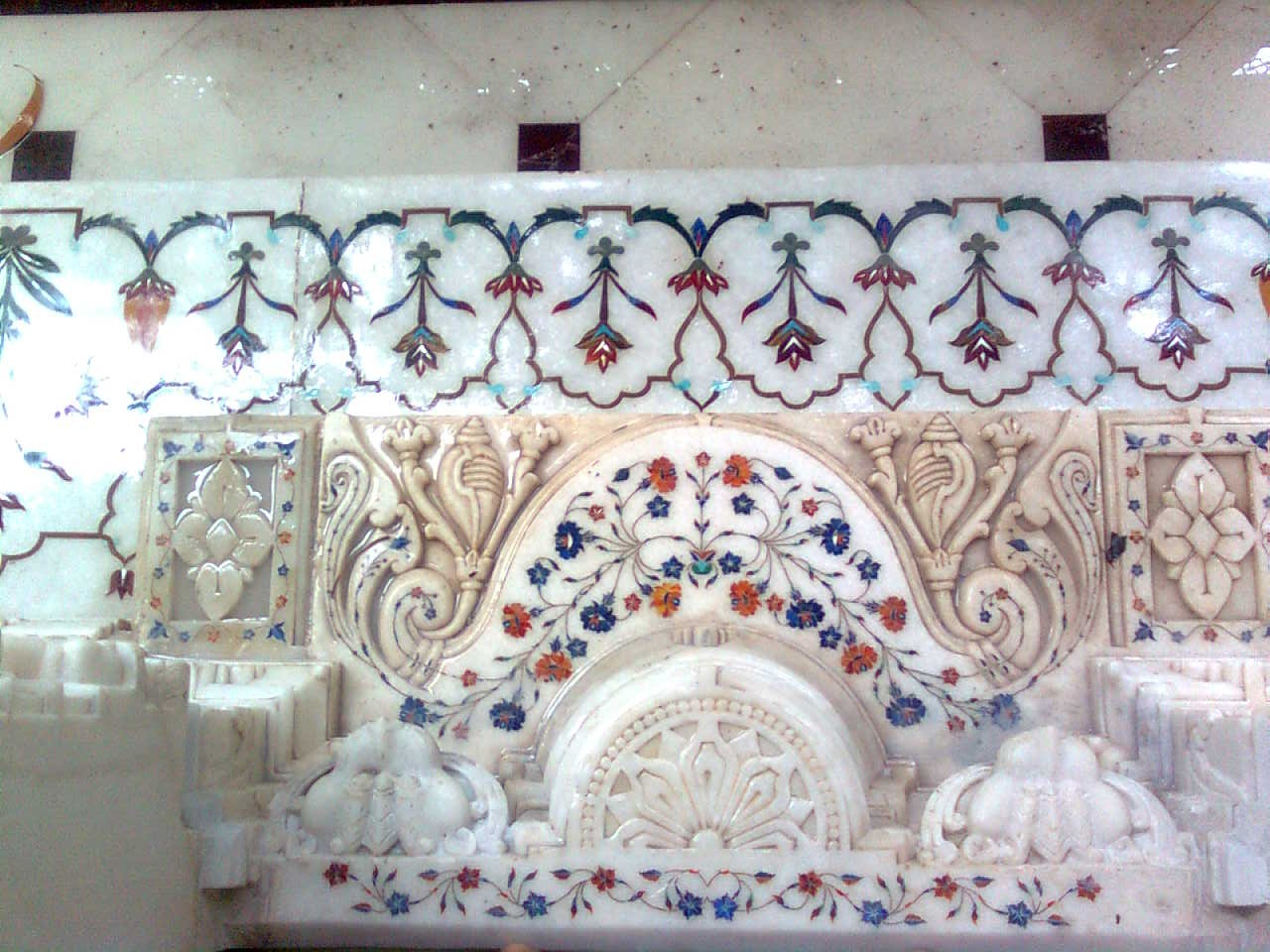 INLAY WORK IN MAKRANA MARBLE