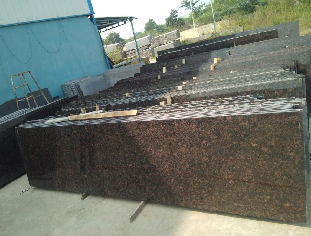 Tan Brown Cutter Granite Slabs