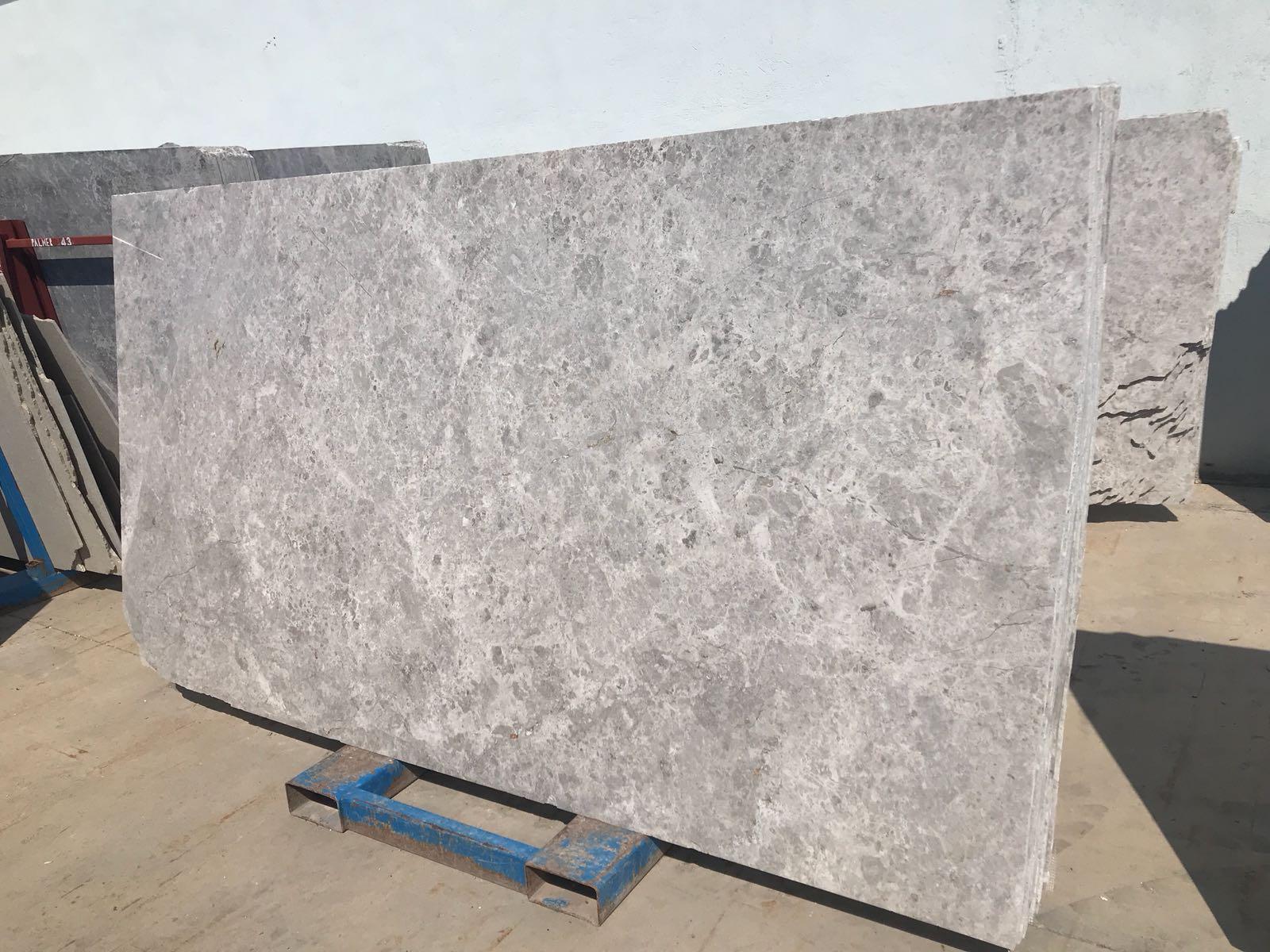Tundra Gery marble