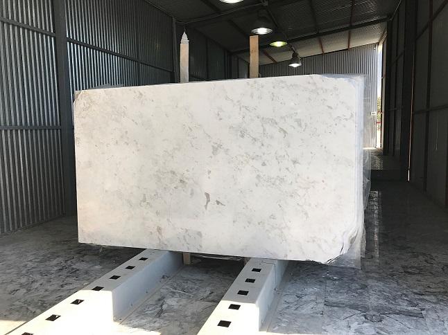 VOLAKAS TYPE LYDIA WHITE MARBLE 2 cm slabs