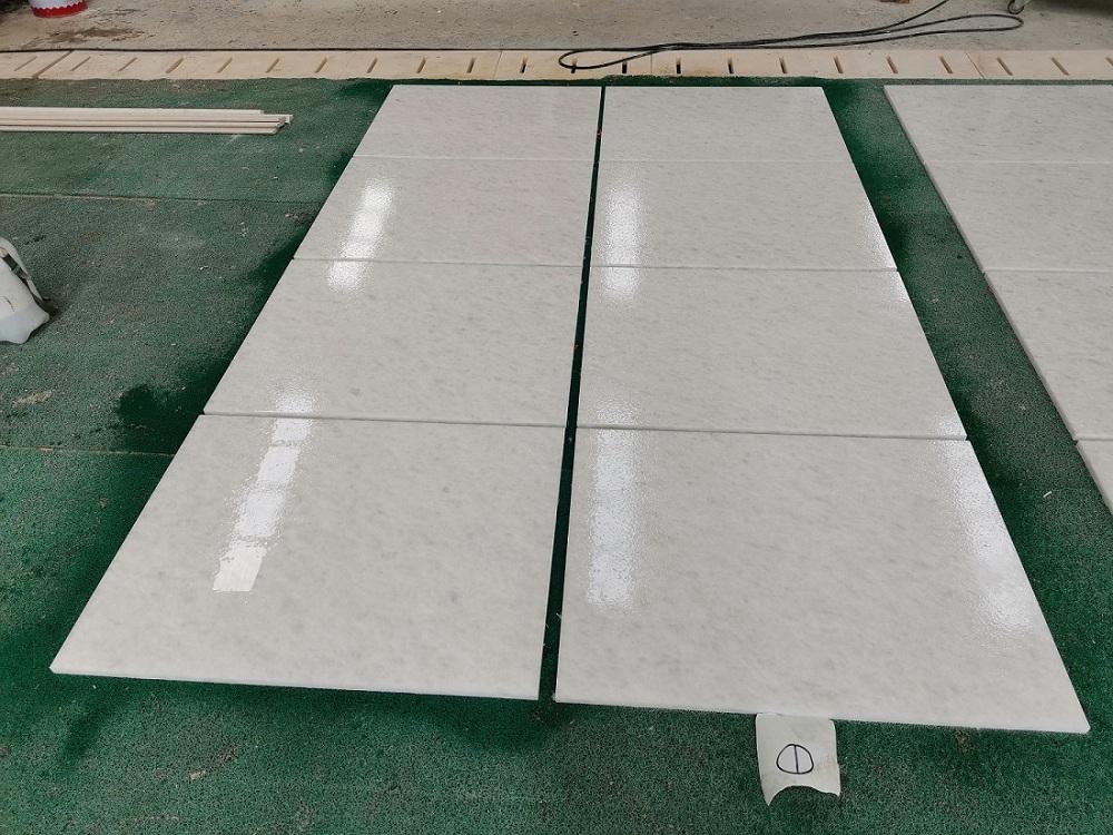 Vietnam Crystal White