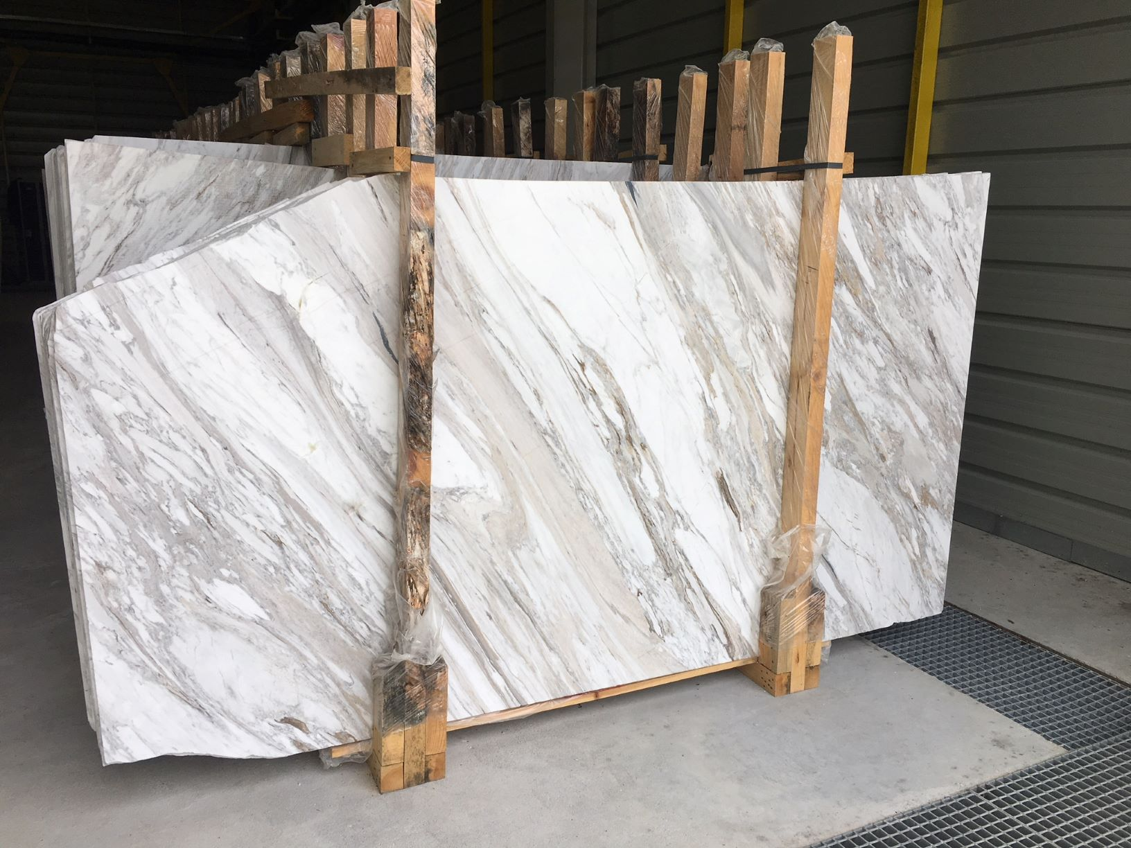 Volakas Polished White Marble Slabs