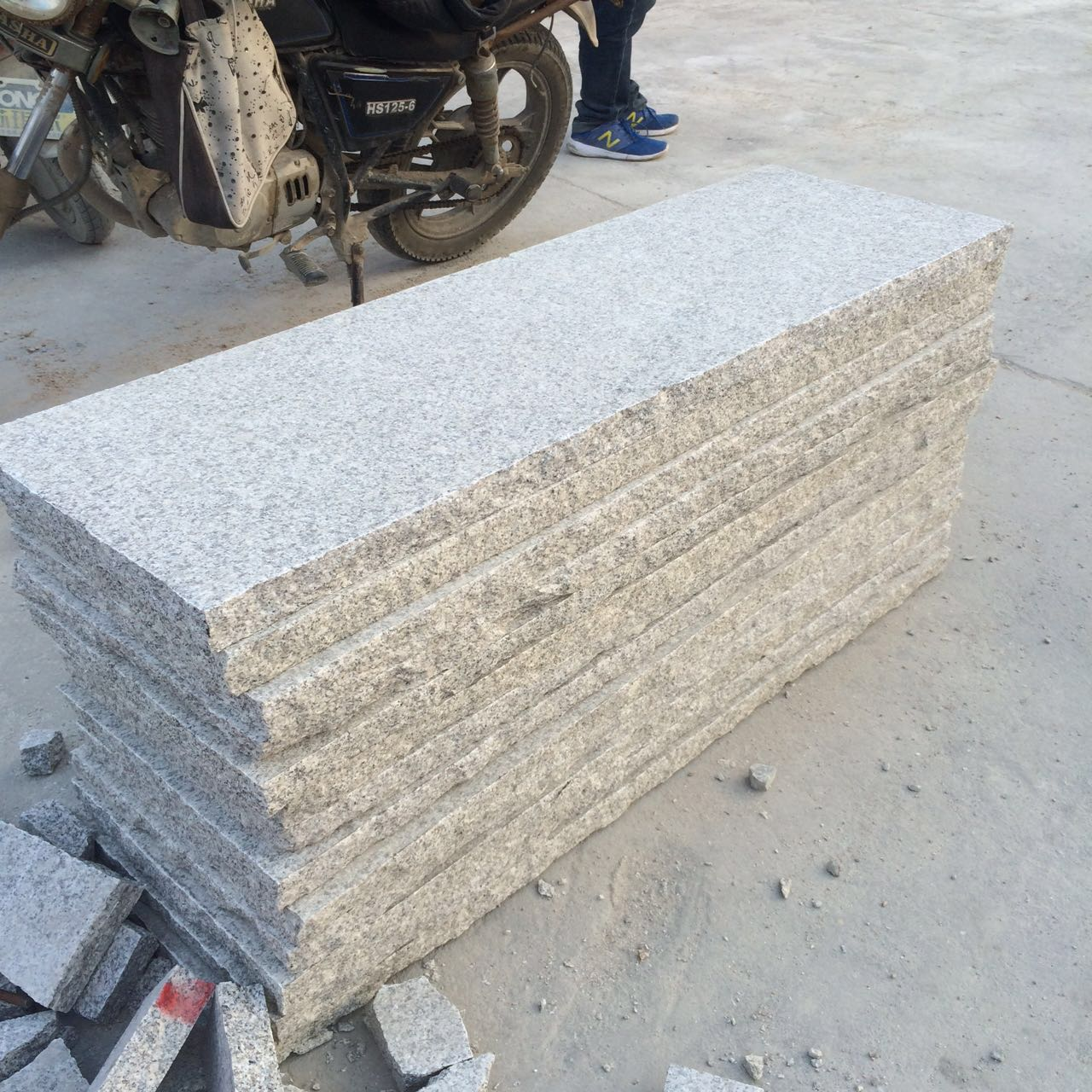 Whtite Granite paving stone