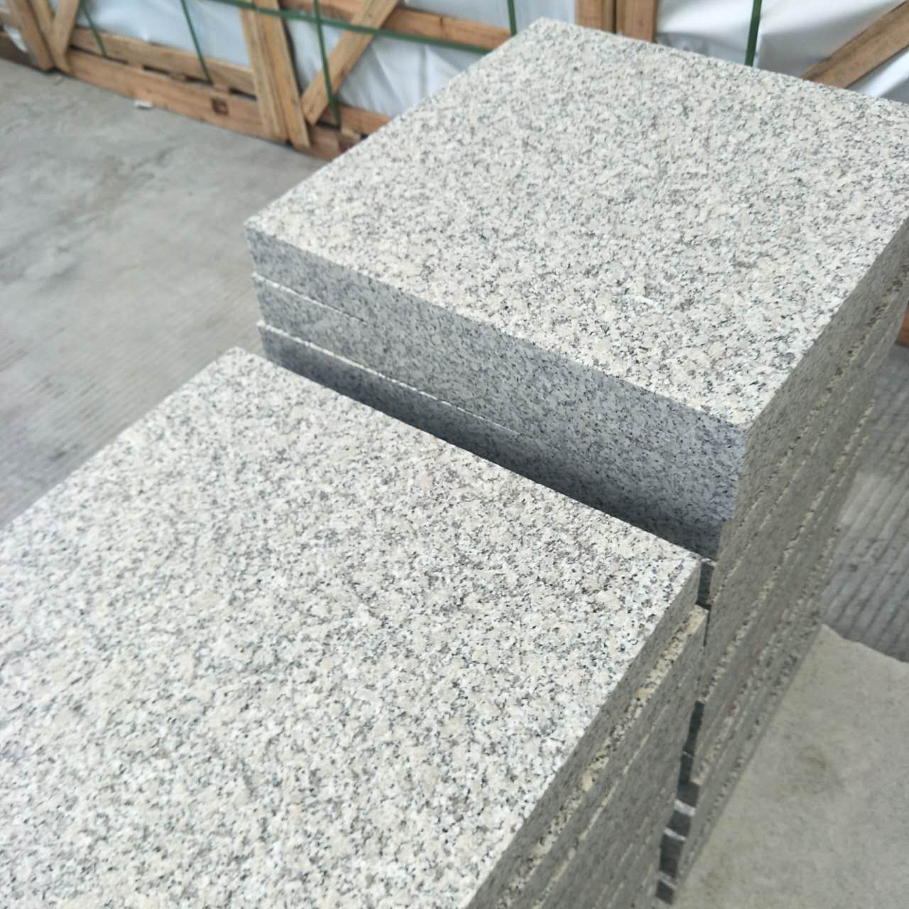 Granite G602 Flamed Tile