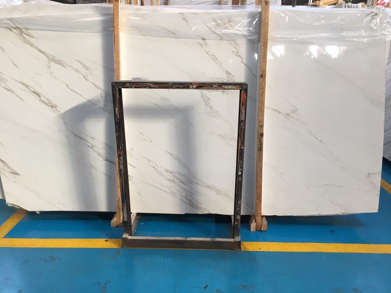 Chinese Calacatta White Easten White Marble China Premium White Marble Slabs for Floor Covering Countertop