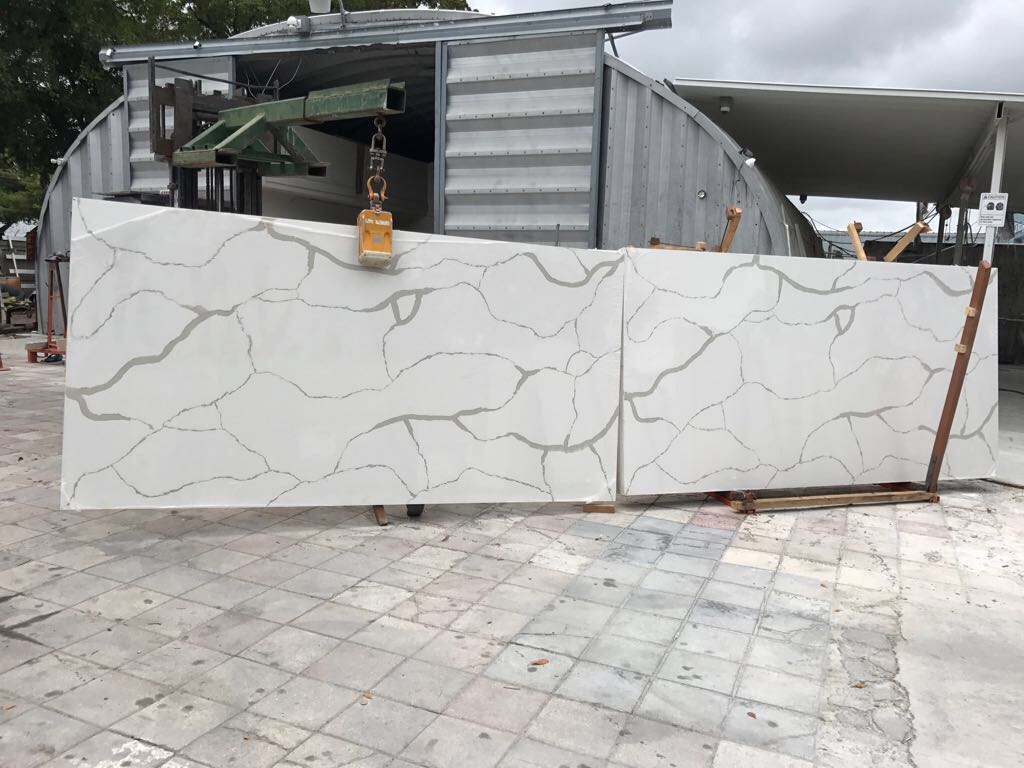 Calacatta White Artificial Quartz Slabs with Book Match