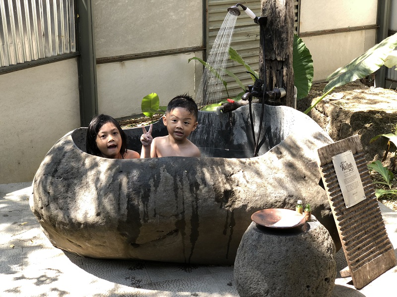Bali Bathtub Grey Riverstone