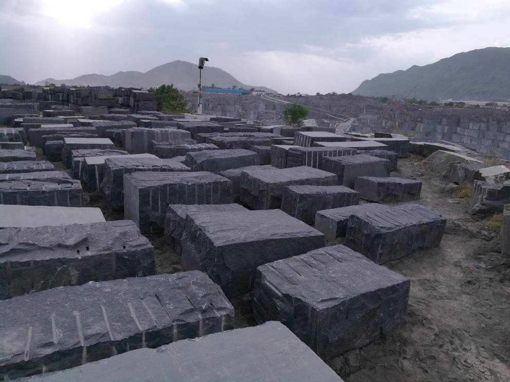 Black galaxy granite blocks  India Galaxy granite