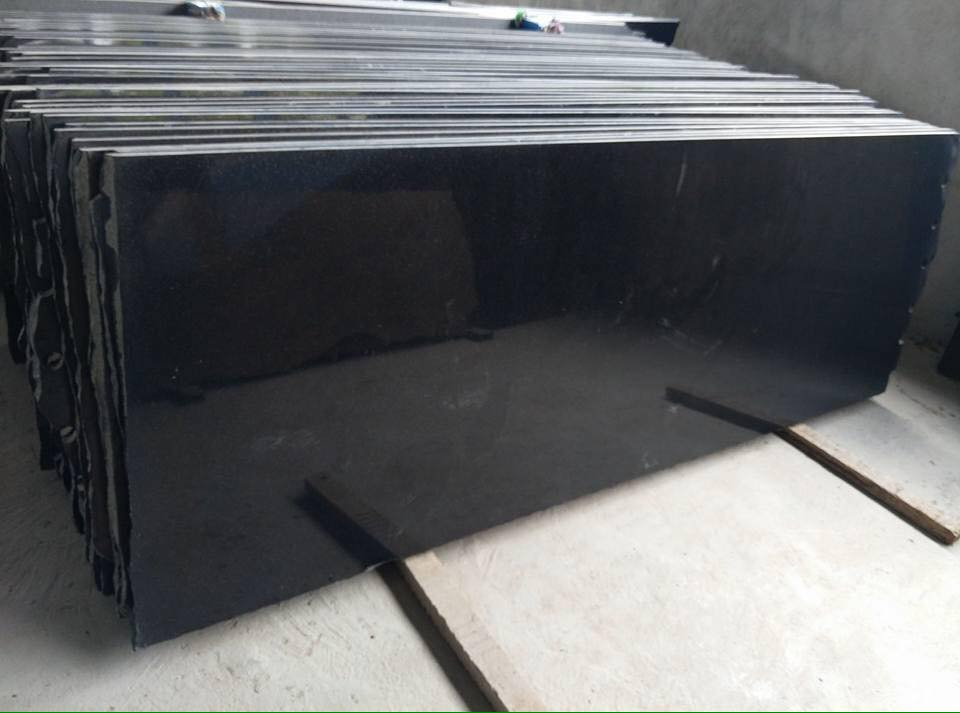 India black granite slabs