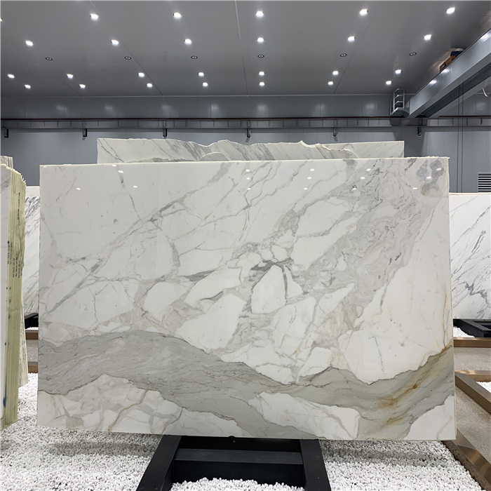 China Calacatta Gold Lasa Arabescato Vagli Marble White Flooring Tile Cut To Size and Slabs
