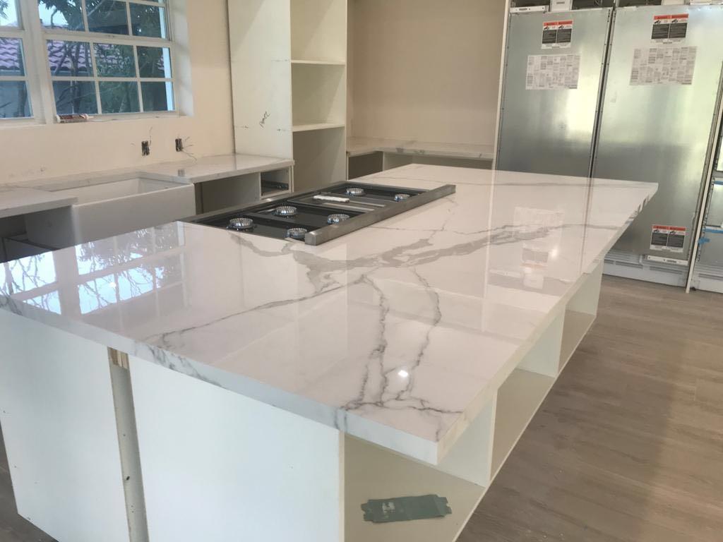 Glazed Arabescato Marble Countertops