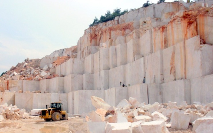 cream marble quarry