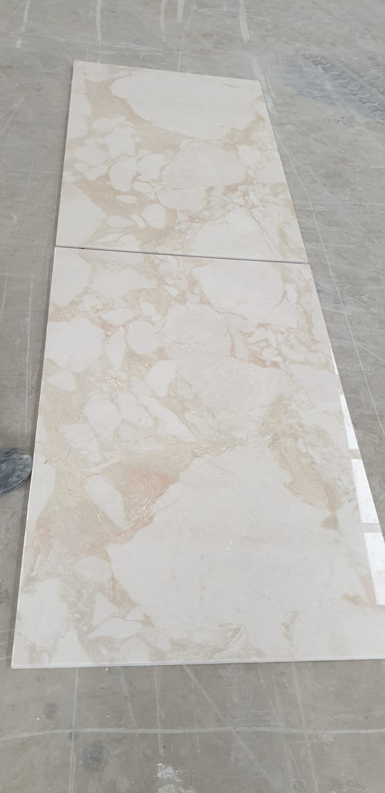 Cemental Slabs & Tiles Bookmatch Marble Tiles
