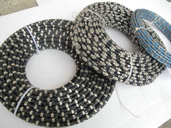 China 11.5mm Rubberized Diamond Wire Saw for Granite Quarry