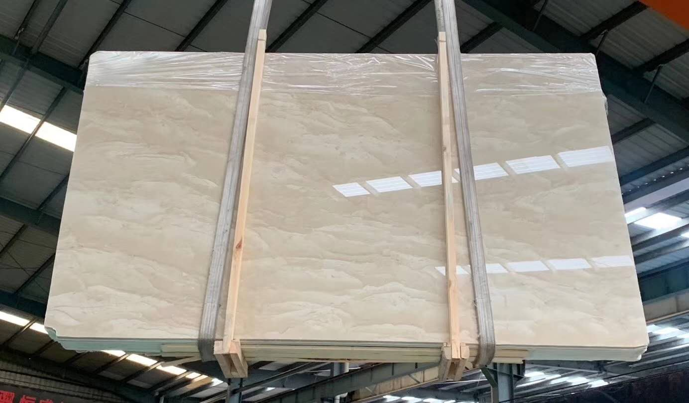 Oman Cream Light Marble Polished Tiles & Slabs