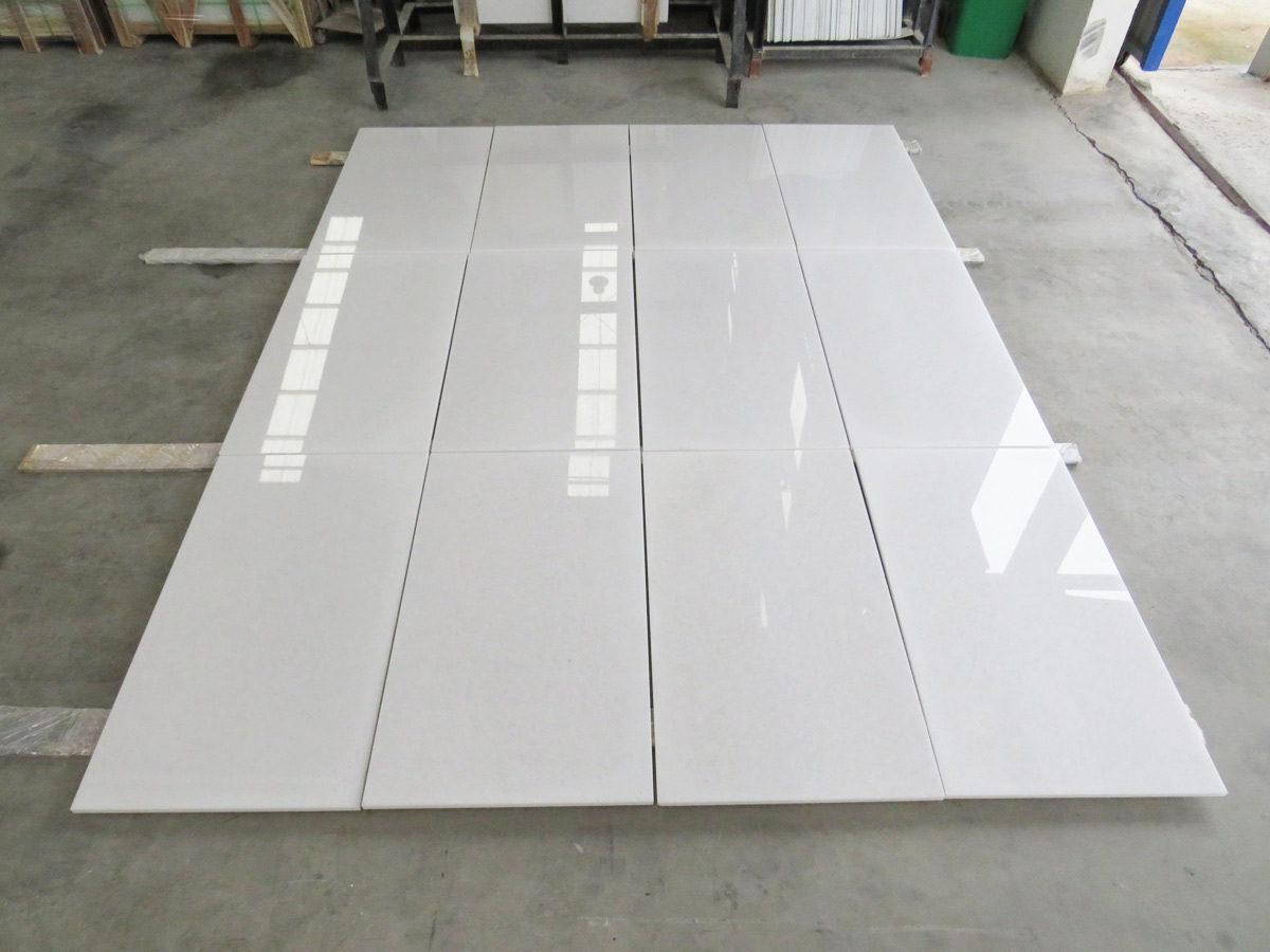 Viet Nam Crystal White Marble Polished 30x60x2 cm