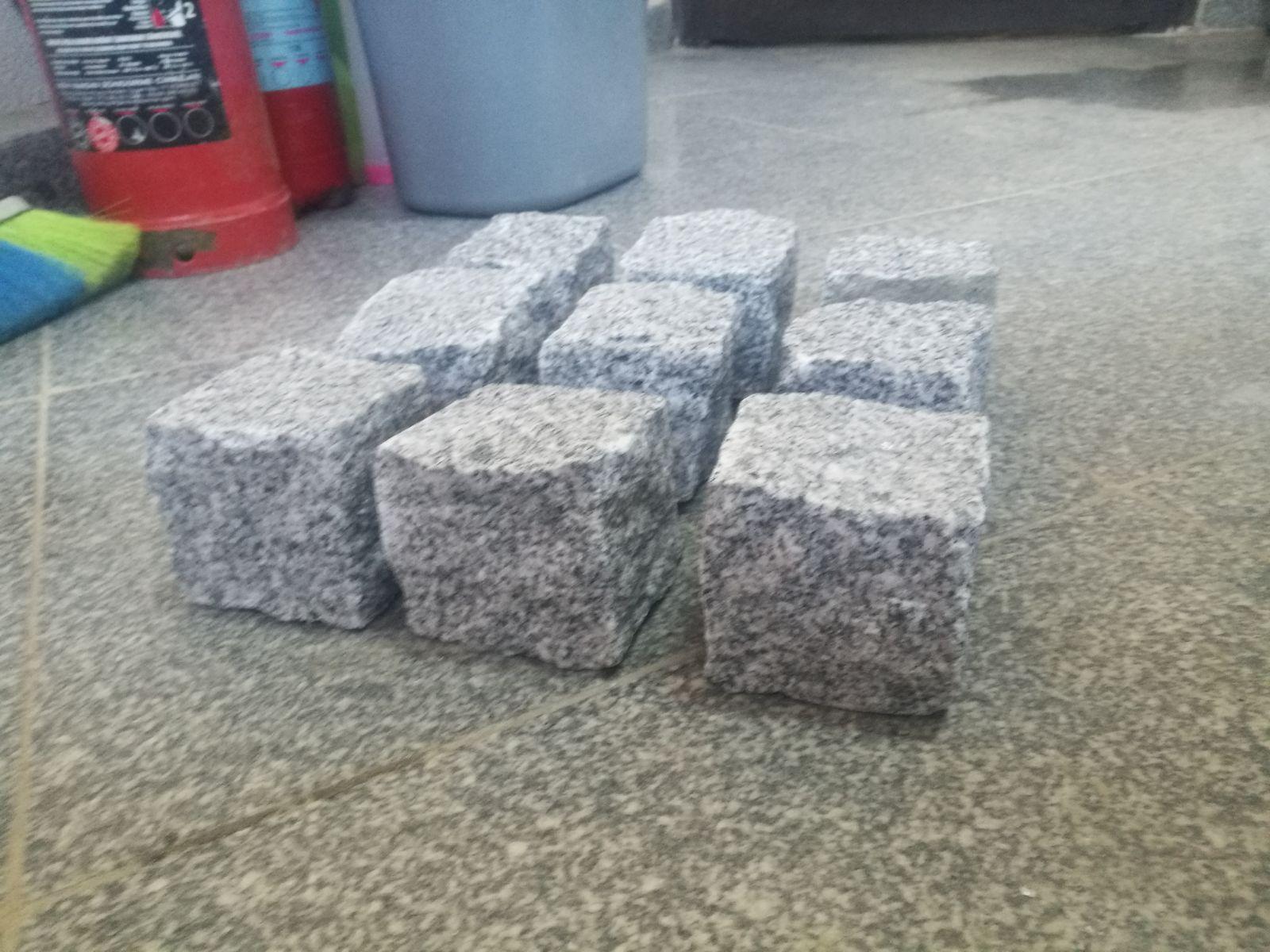 Light Grey Granite Cube Cobblestone Pave
