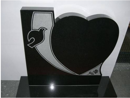 headstone with heart shape