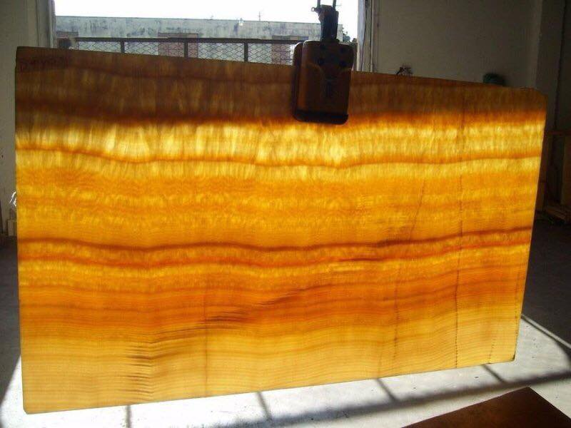 backlit honey onyx tiles back with glass