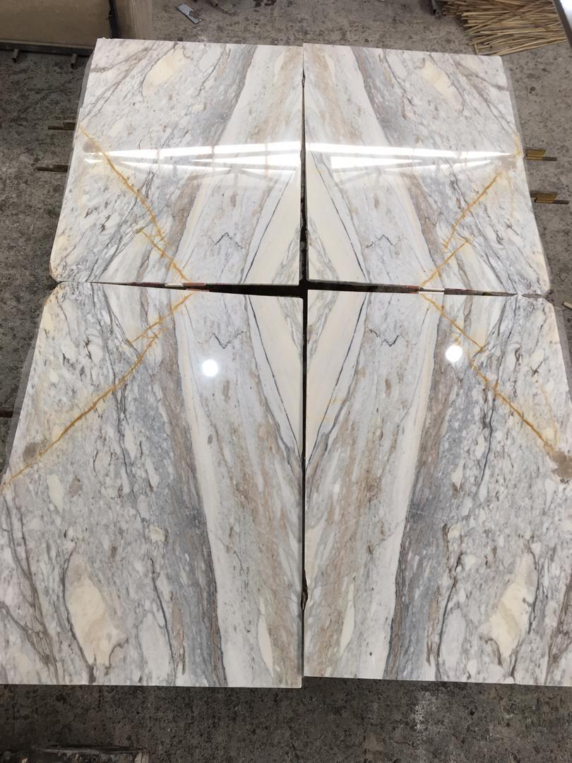 Mountains White Marble Tiles