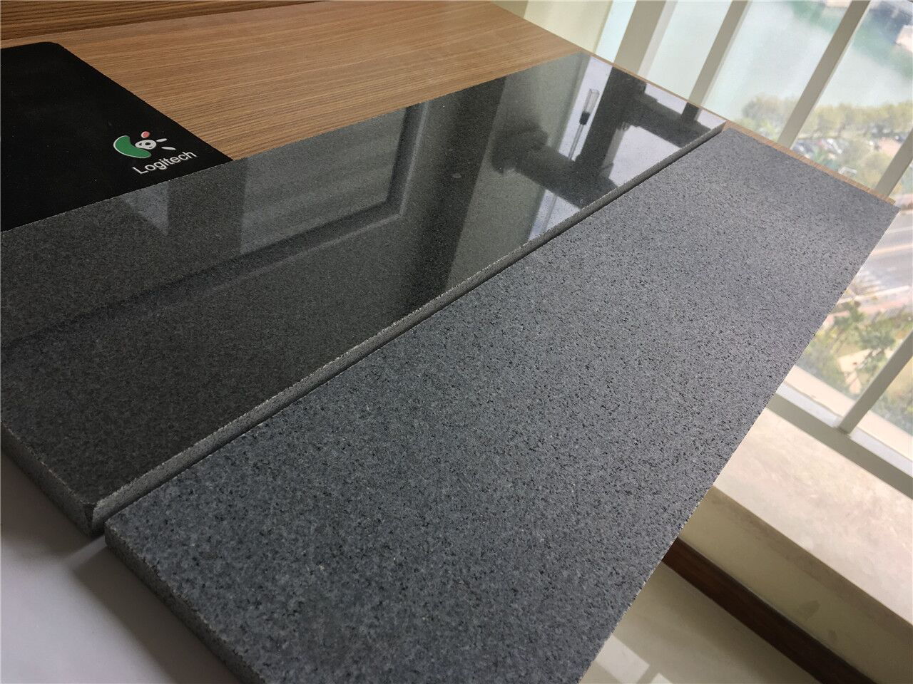 Granite Padang Dark G654 Leather