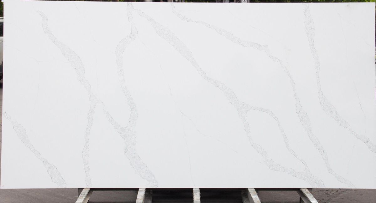 Quartz Calacatta Slabs