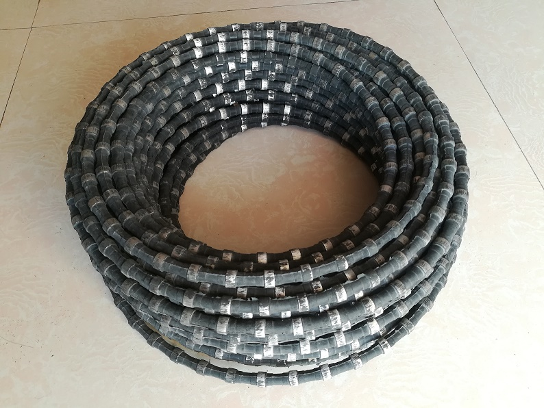 Rubberized granite marble diamond wire saw for quarrying