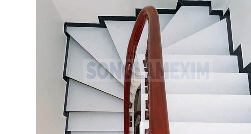 White marble Stairs