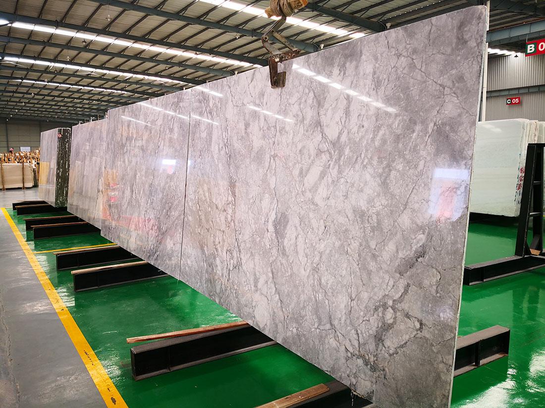 Super White Quartzite Slabs for Countertops