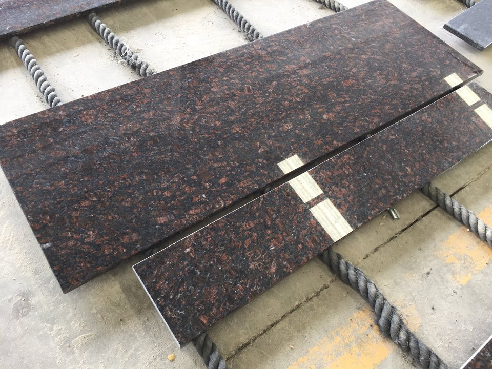tan brown granite kitchen top