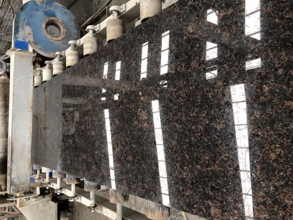 tan brown granite prefab countertop slab