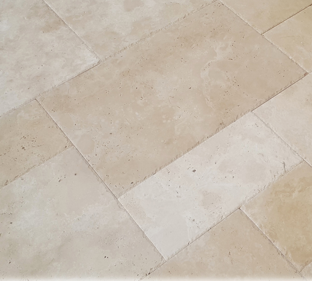 Light Travertine Pattern Set Brushed Chiseled Edge