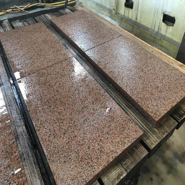 Flamed Maple Red Granite