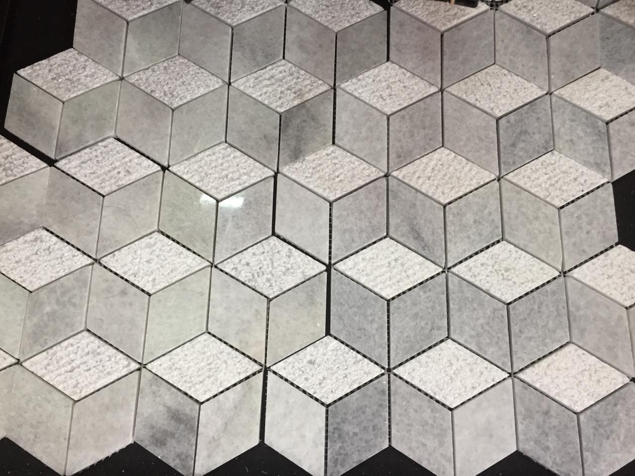 Bali White Marble Random Pattern Mosaic Design