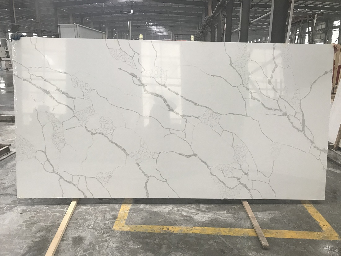 white marble look quartz stone slab