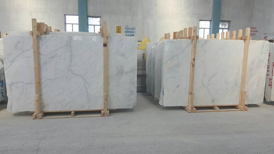 CARRARA WHITE MARBLE IN VIETNAM