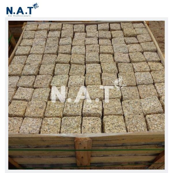 Viet Nam yellow Granite Cobbe