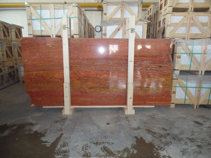 rosso persiano travertine