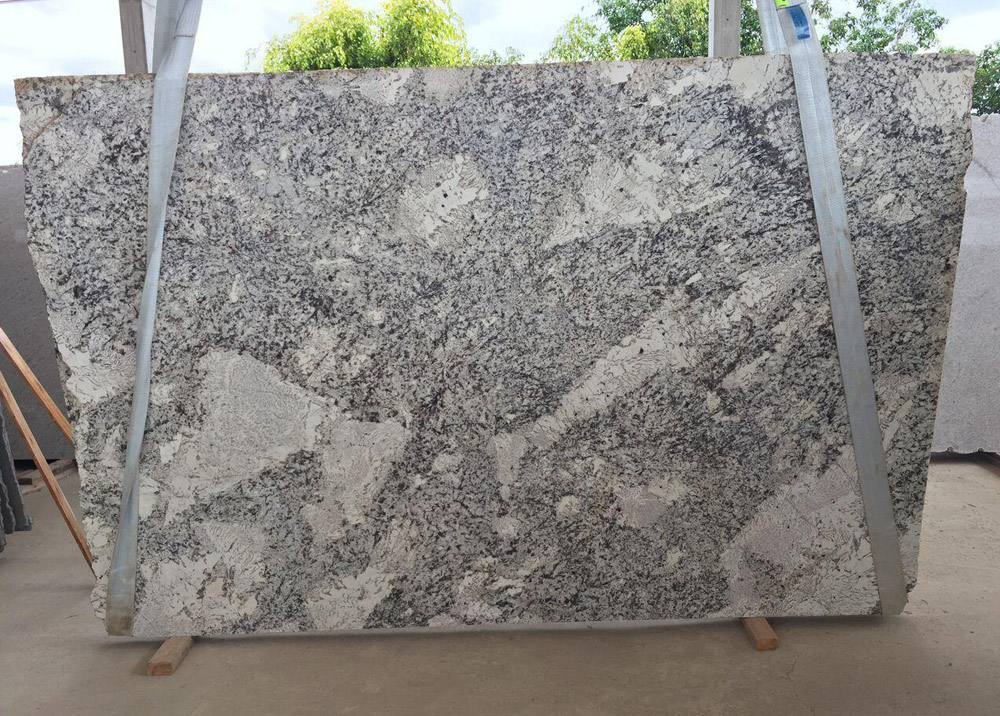 Antic White Granite Slabs