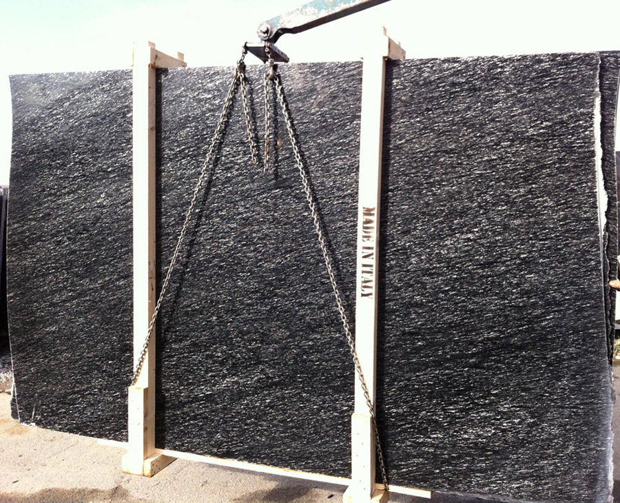 Diamant Fall Granite Slabs