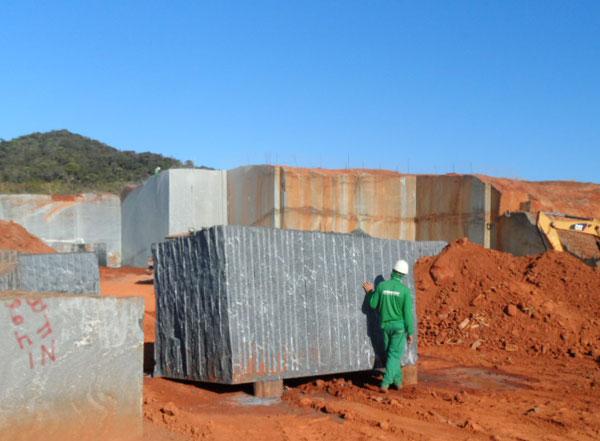 Via Lactea - Raw Granite Block